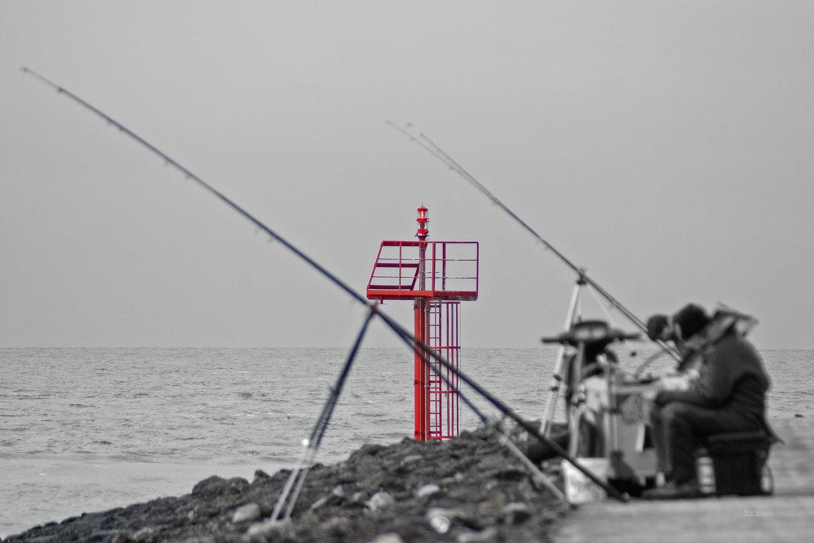 """Foto7daagse, 7 maart 2014. De opdracht van vandaag: """"een kleur"""". Vissers, boulecrd Vlissingen."""