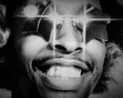 MuVi: Hifi Sean Ft. Bootsy Collins – Atomium
